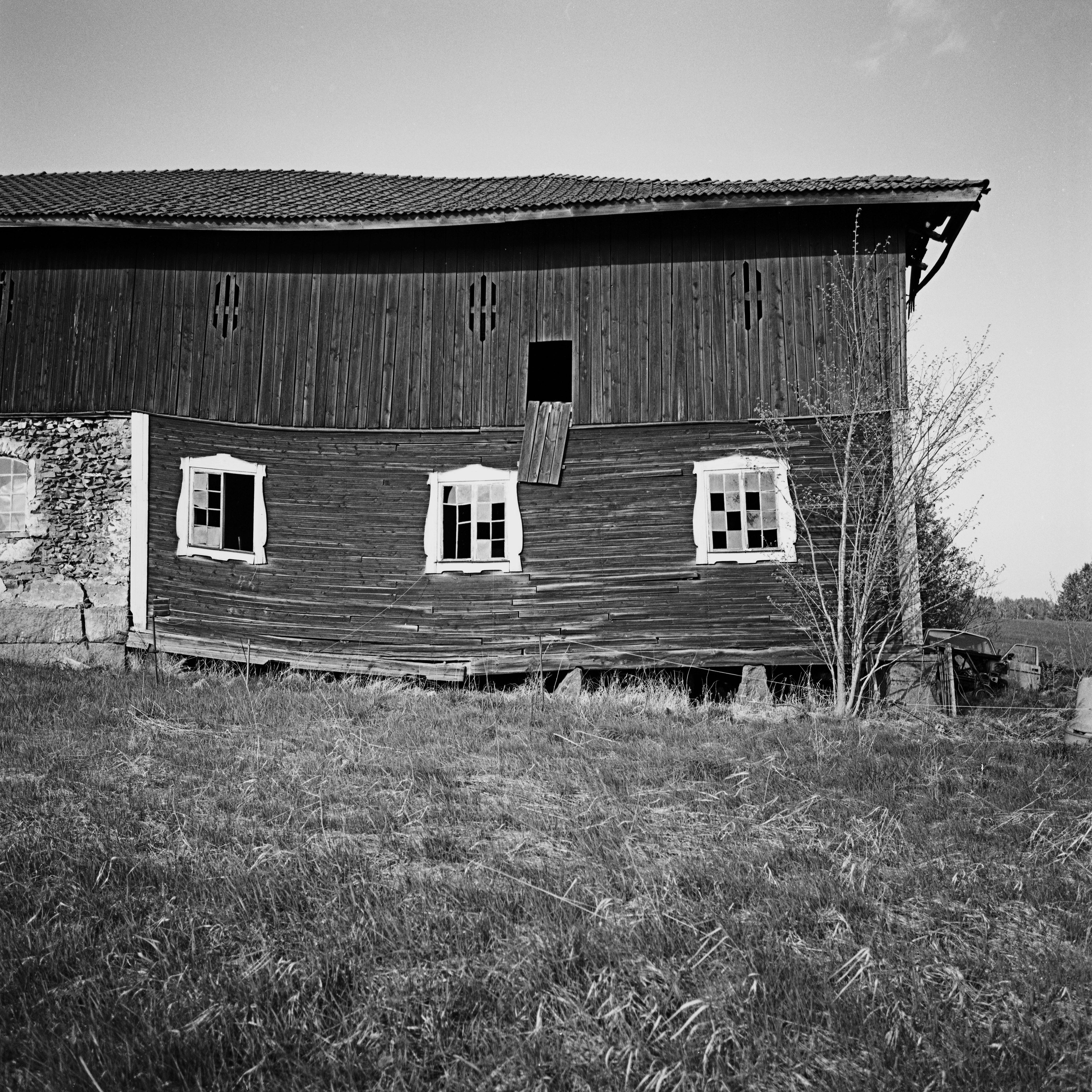 Slitet hus